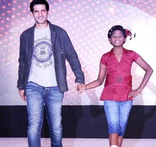 Hiten Tejwani walked the ramp for smile foundation