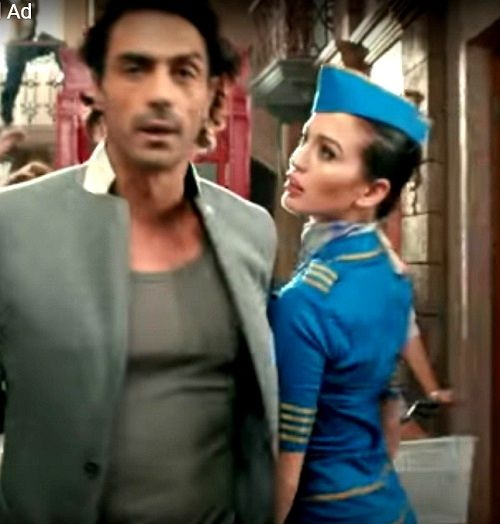 Lucinda in Nivea ad with Arjun Rampal