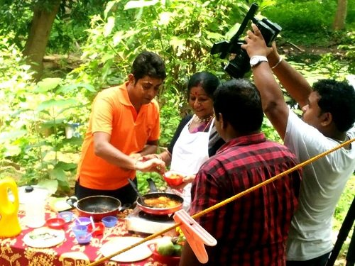 Sabyasachi Satpathy in a cooking show