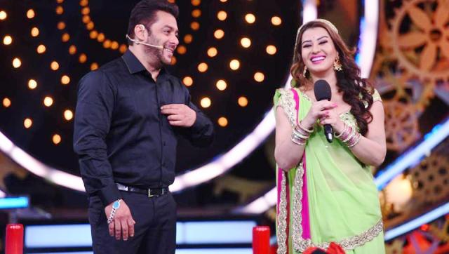 Shilpa Shinde and Salman Khan at Bigg Boss 11 premiere