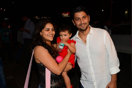Marzi Pestonji with wife and daughter