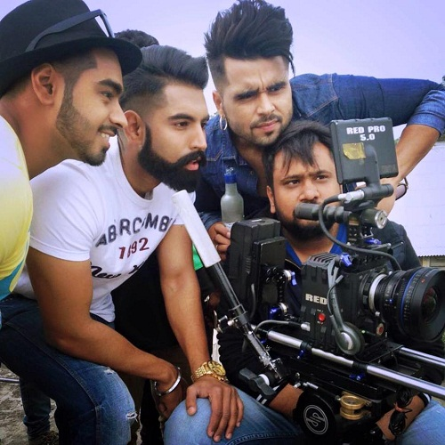 Parmish Verma directing a music video