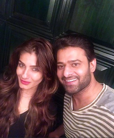 Prabhas-with-Raveena-Tandon