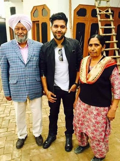 Guru Randhawa with his parents