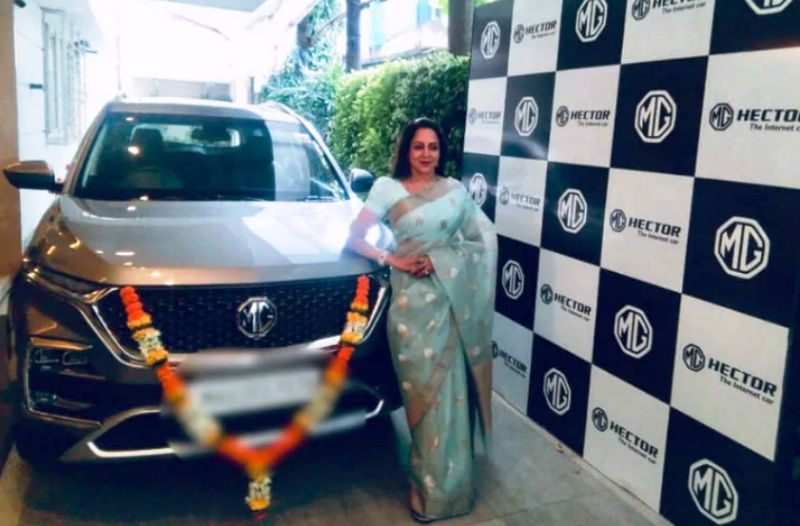Hema Malini Posing With Her Car MG Hector