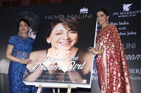 Hema Malini with Deepika Padukone on the launch of her authorised biography