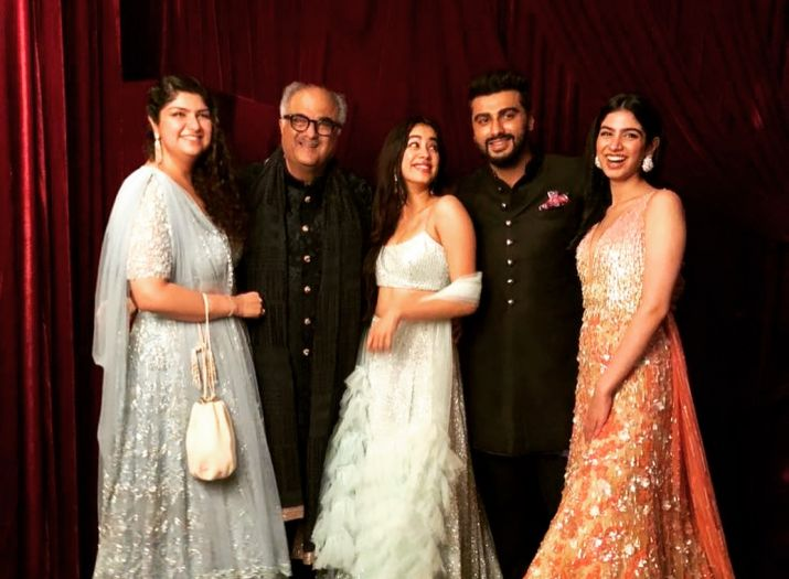 Jhanvi Kapoor with her father, sister and half-siblings