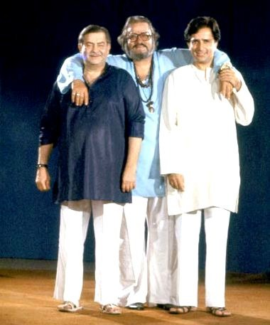 Shashi Kapoor with his brothers