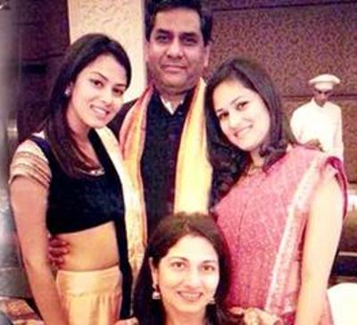 Mira Rajput (left) with her family