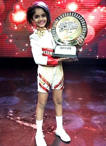 Ditya Bhande winner of Super Dancer Season 1