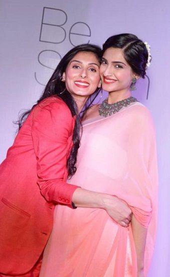Sonam Kapoor with Pernia Qureshi