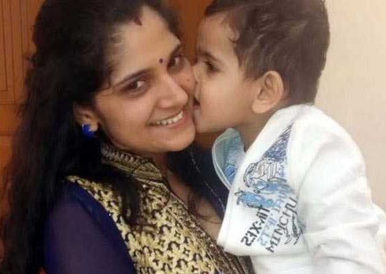 Anu Kumari with her son
