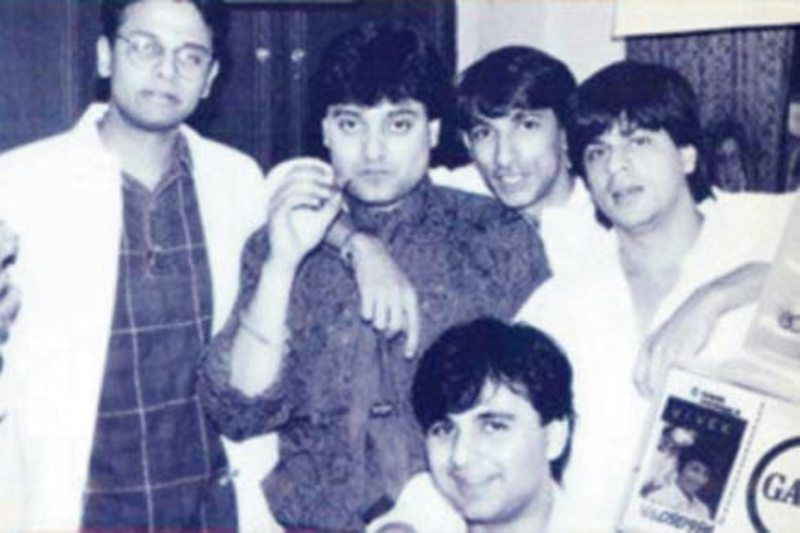 Shah Rukh With His C-gang