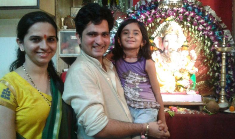 Sushant Shelar With His Wife And Daughter