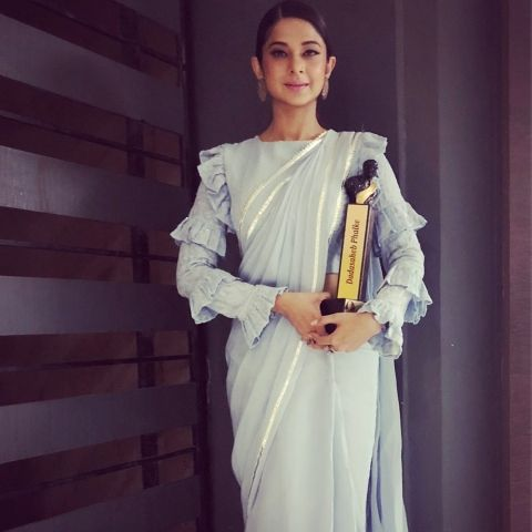 Jennifer Winget with Dadasaheb Phalke Award