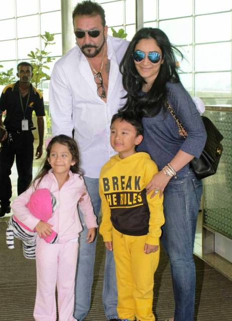 Sanjay Dutt Wiki, Age, Wife, Family, Caste, Biography ...