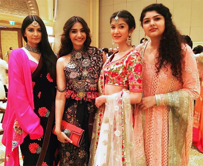 Sonam Kapoor With Her Cousin Sisters