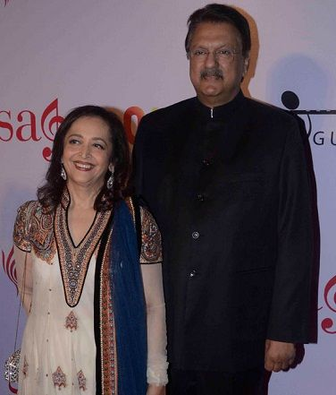 Swati Piramal with her husband Ajay Piramal