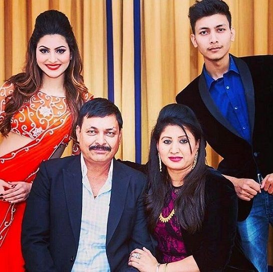 Urvashi Rautela with her family