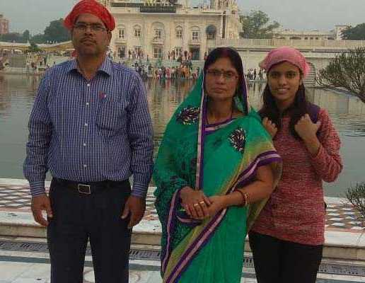 Kalpana Kumari With Her Family