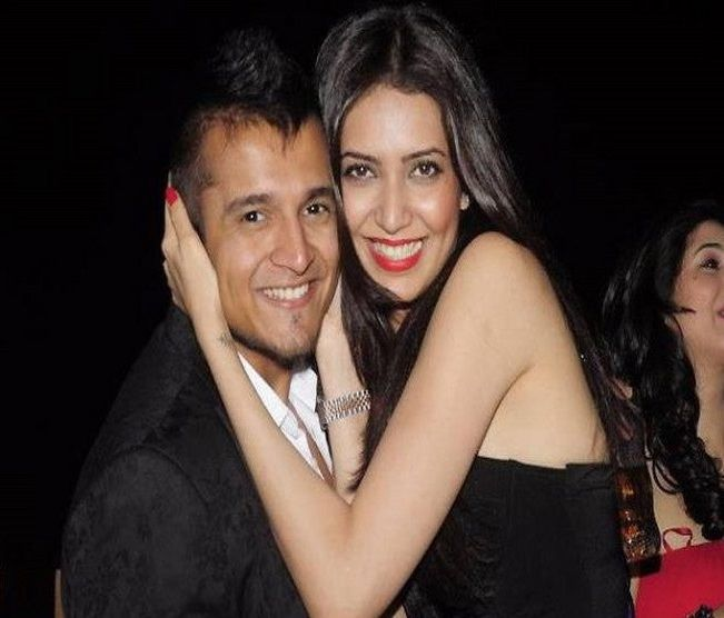 Karishma tanna dating upen