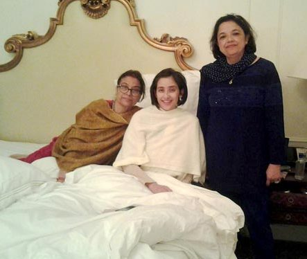 Manisha Koirala With Her Mother And Friend During Her Treatment