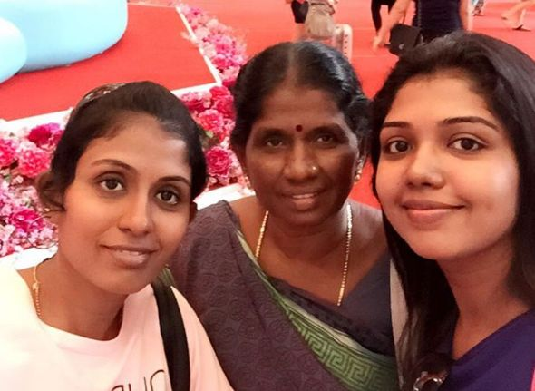 Riythvika with her mother and sister