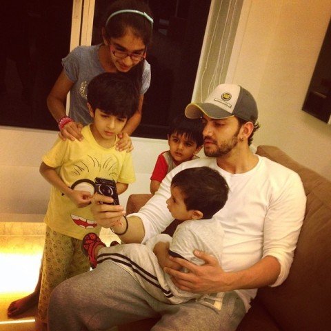 Zaheer Iqbal with kids