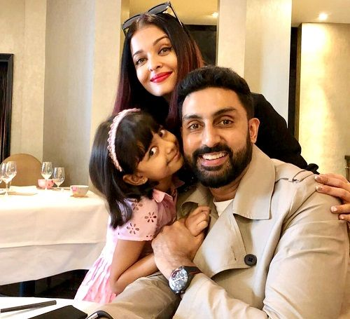 Aishwarya Rai Bachchan with her husband Abhishek Bachchan and daughter Aaradhya