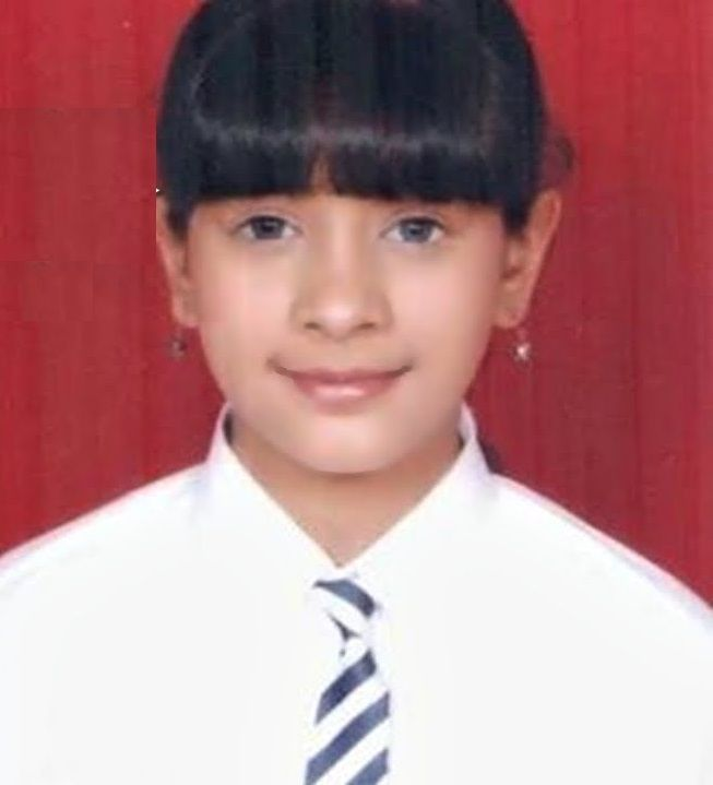 Hiba Nawab during her school days