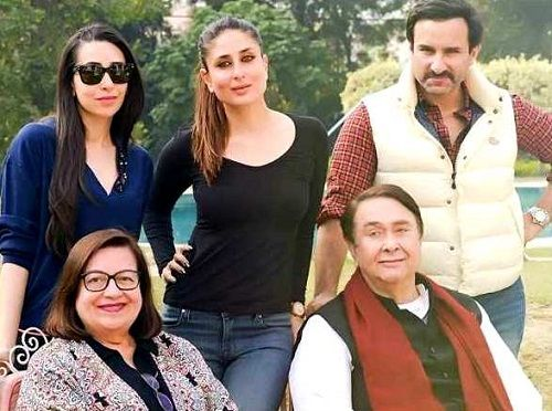 Kareena Kapoor with her parents, sister Karisma Kapoor, and husband Saif Ali Khan