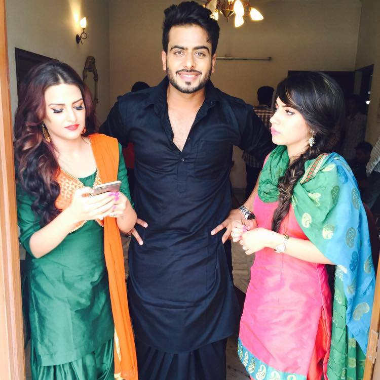 Mankirt Aulakh with models