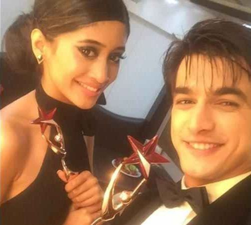 Shivangi Joshi and Mohsin Khan with their Favourite Jodi Award