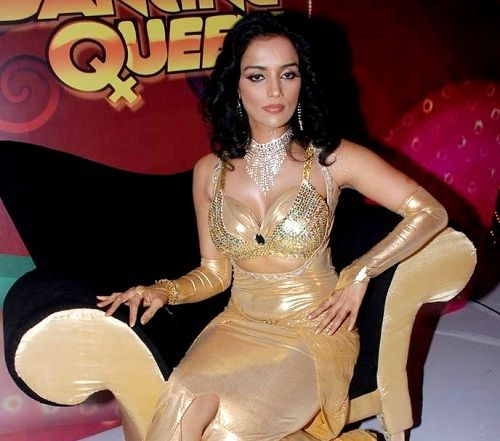 Shweta Menon - Dancing Queen (2008)