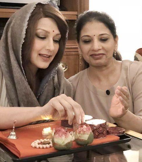 Sonali Bendre with her sister Rupa Ranadive