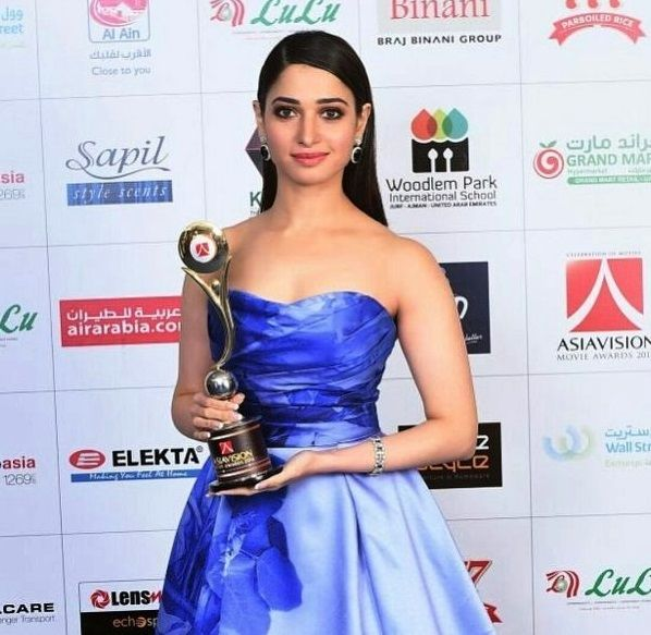 Tamannaah Bhatia with Asiavision Award