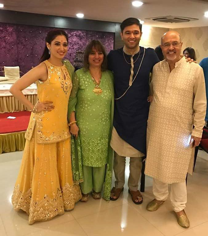 Tamannaah Bhatia with her family