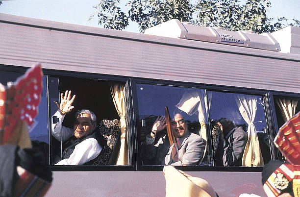 Atal Bihari Vajpayee in a Bus to Lahore