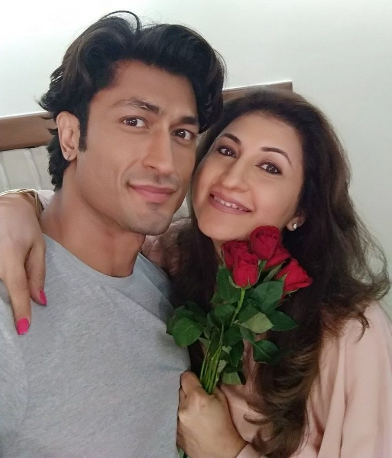 Vidyut Jammwal with his sister