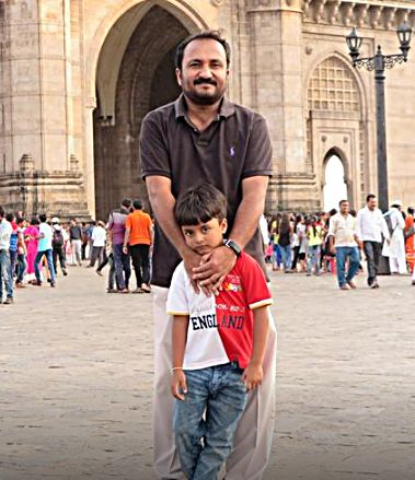 Anand Kumar with his son