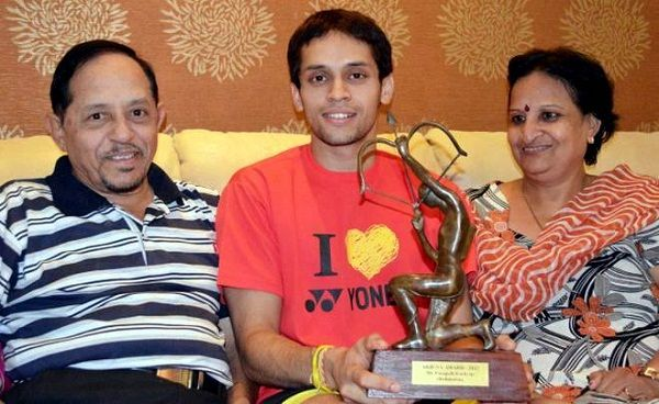 Parupalli Kashyap with his parents
