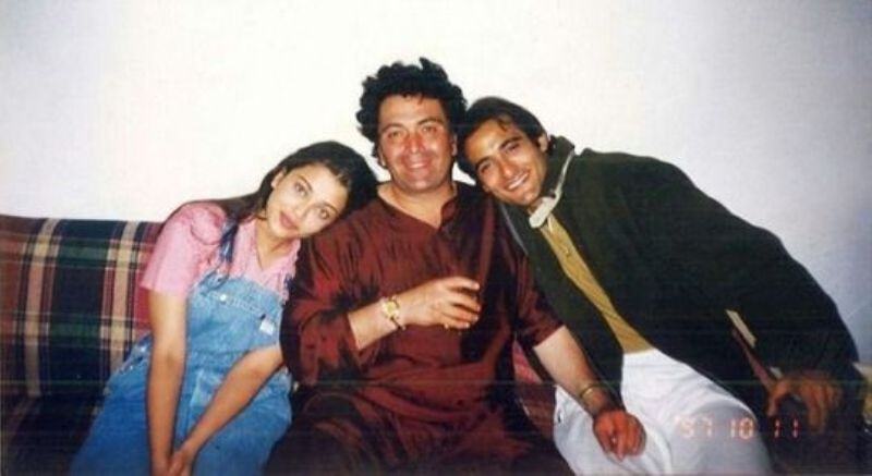 Rishi Kapoor With Aishwarya Rai and Akshyae Khanna on the set of Aa Ab Laut Chalen
