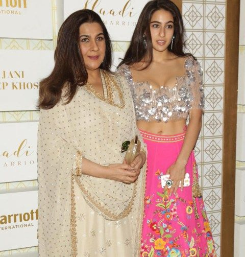 Amrita Singh with her daughter Sara Ali Khan