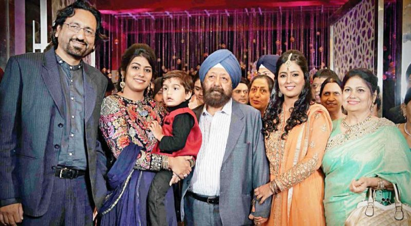 Harshdeep Kaur with her parents, sister, brother-in-law, and nephew