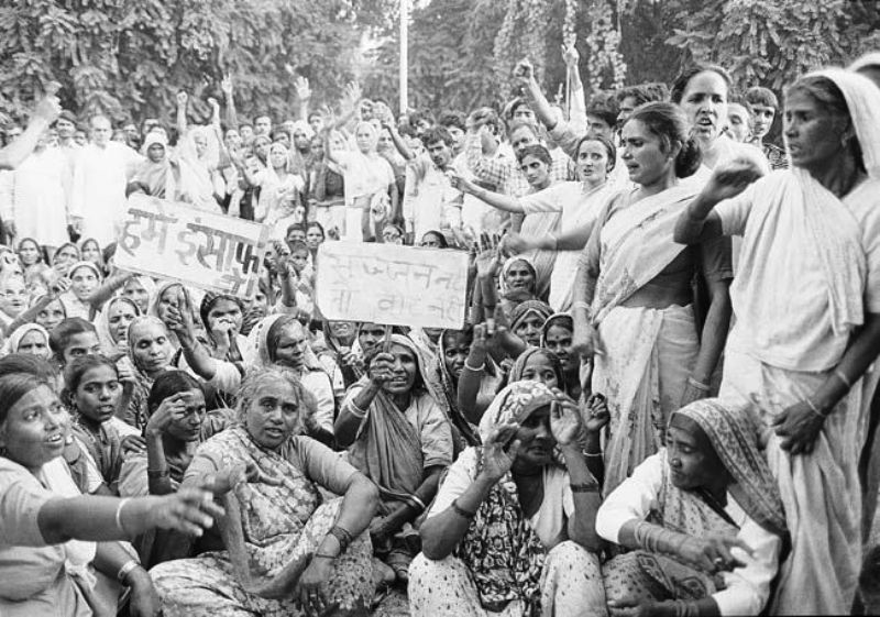 A Group Of Women Protesting Against Sajjan Kumar
