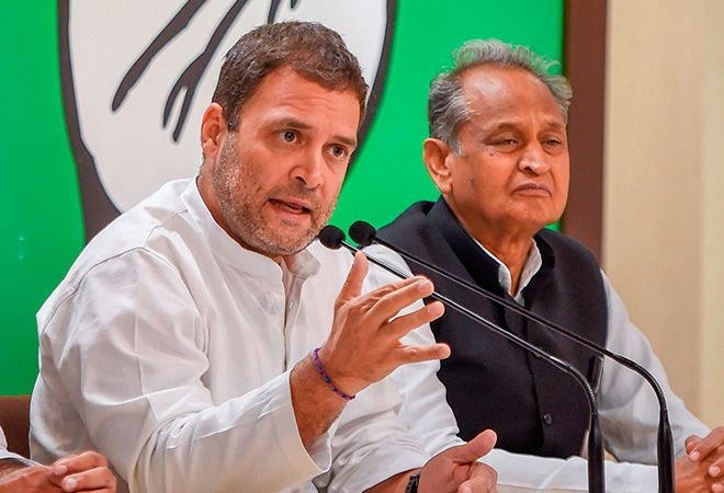 Ashok Gehlot with the congress President Rahul Gandhi