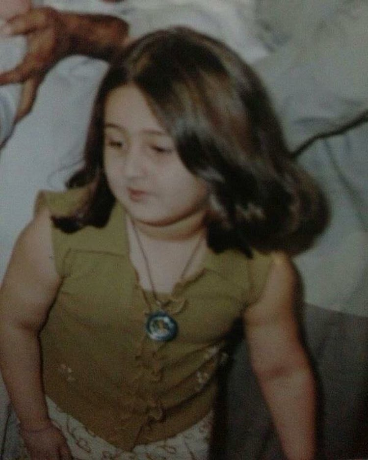 Dhvani Bhanushali childhood picture