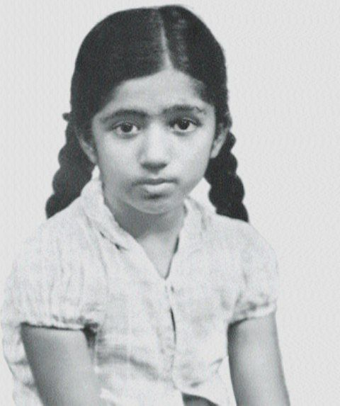 Lata Mangeshkar Childhood Picture