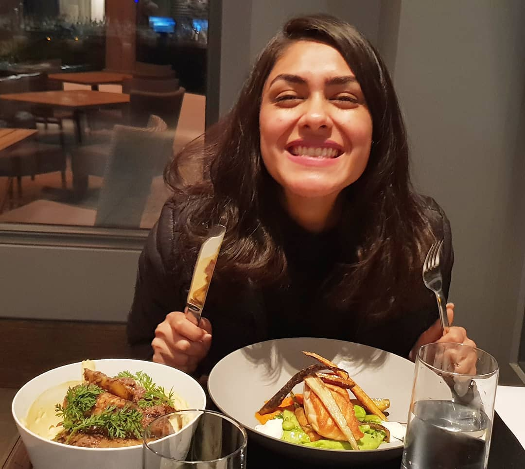 Mrunal Thakur enjoying food