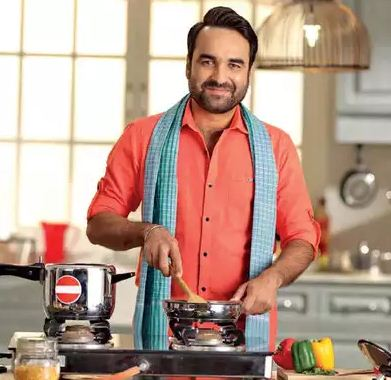 Pankaj Tripathi Cooking